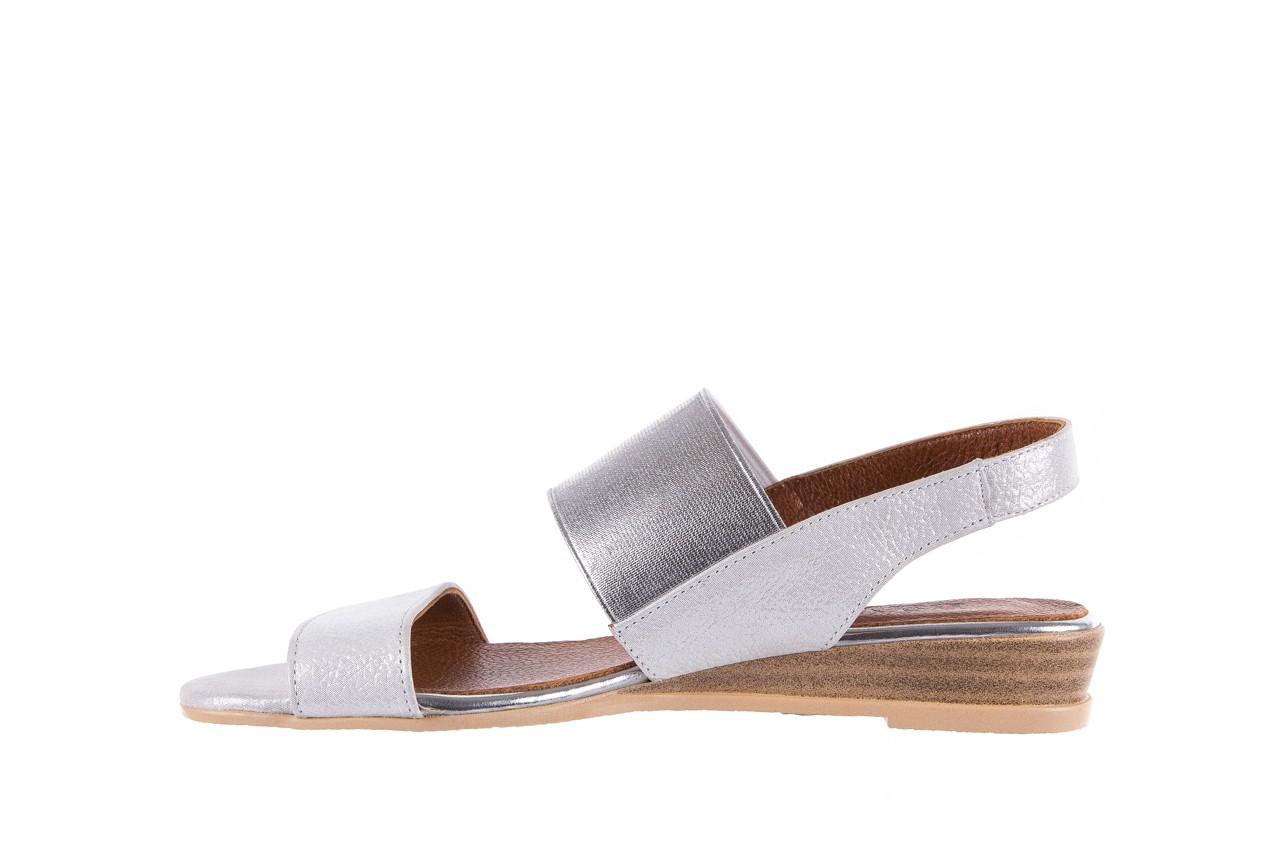 Sandały bayla-112 0410-120 white satin, biały, skóra naturalna  - koturny - buty damskie - kobieta 9