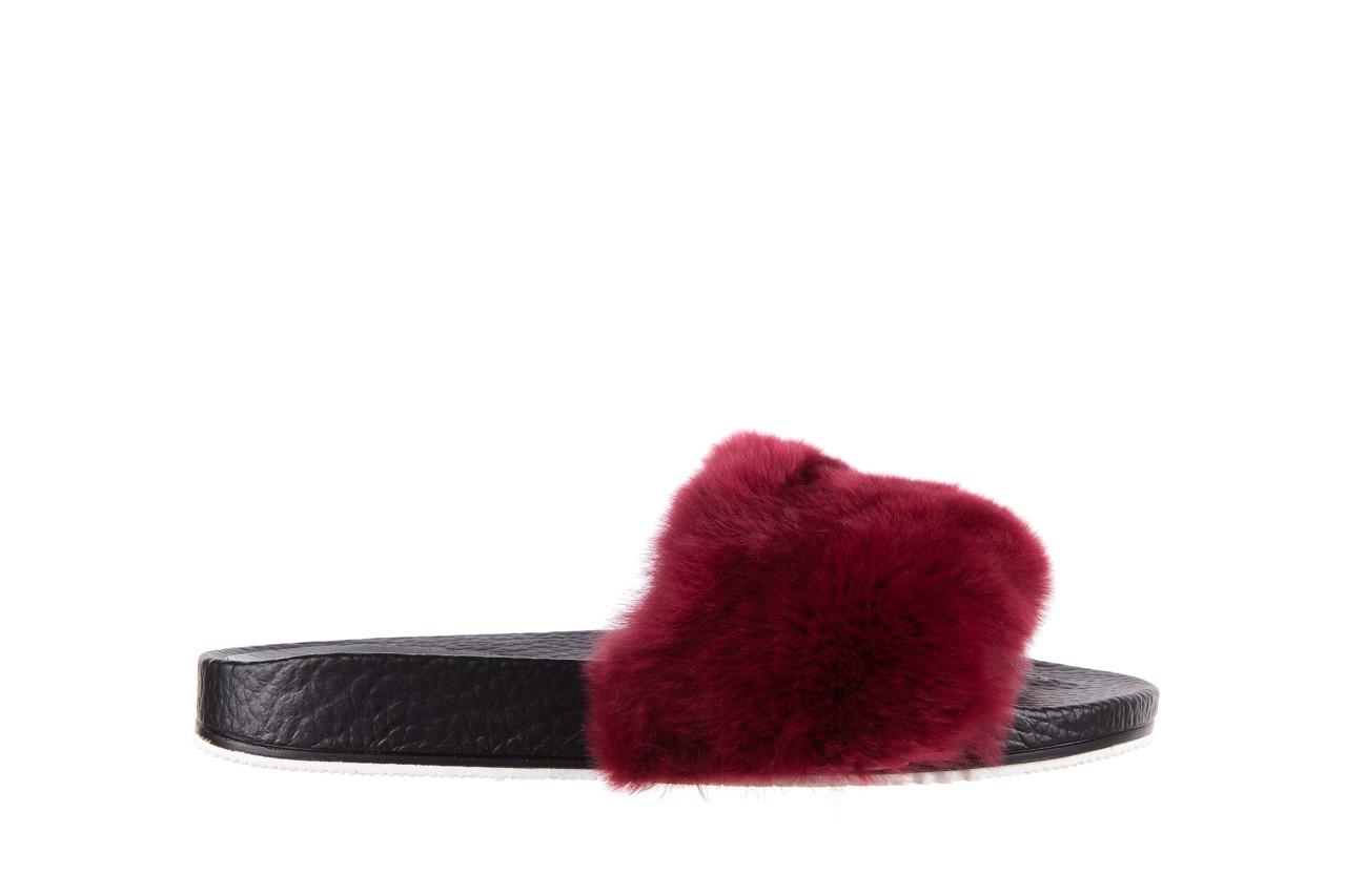 Klapki bayla-112 0479-17194 burgundy furry, bordo/czarny, skóra naturalna  - piankowe - klapki - buty damskie - kobieta 7