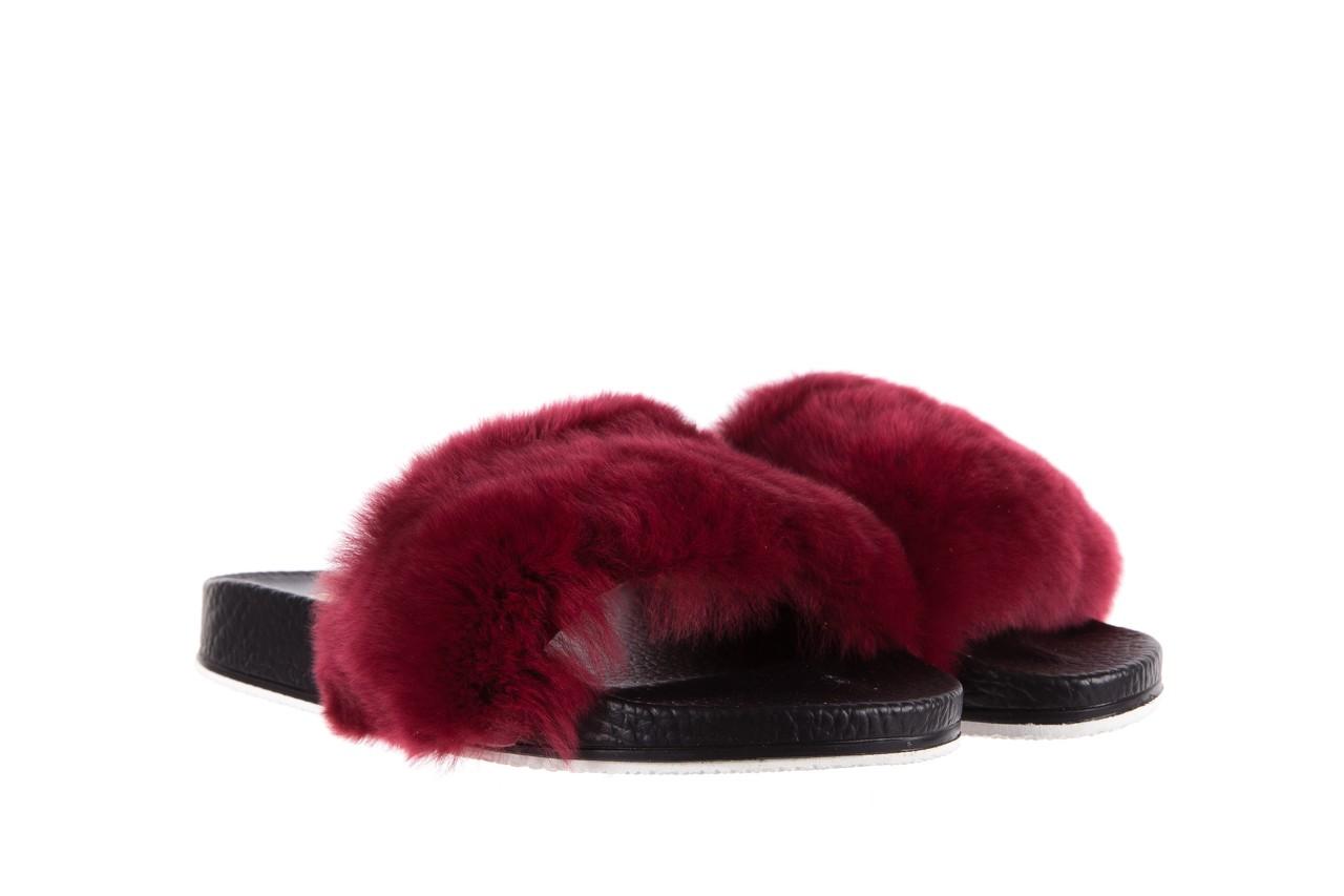 Klapki bayla-112 0479-17194 burgundy furry, bordo/czarny, skóra naturalna  - bayla - nasze marki 8