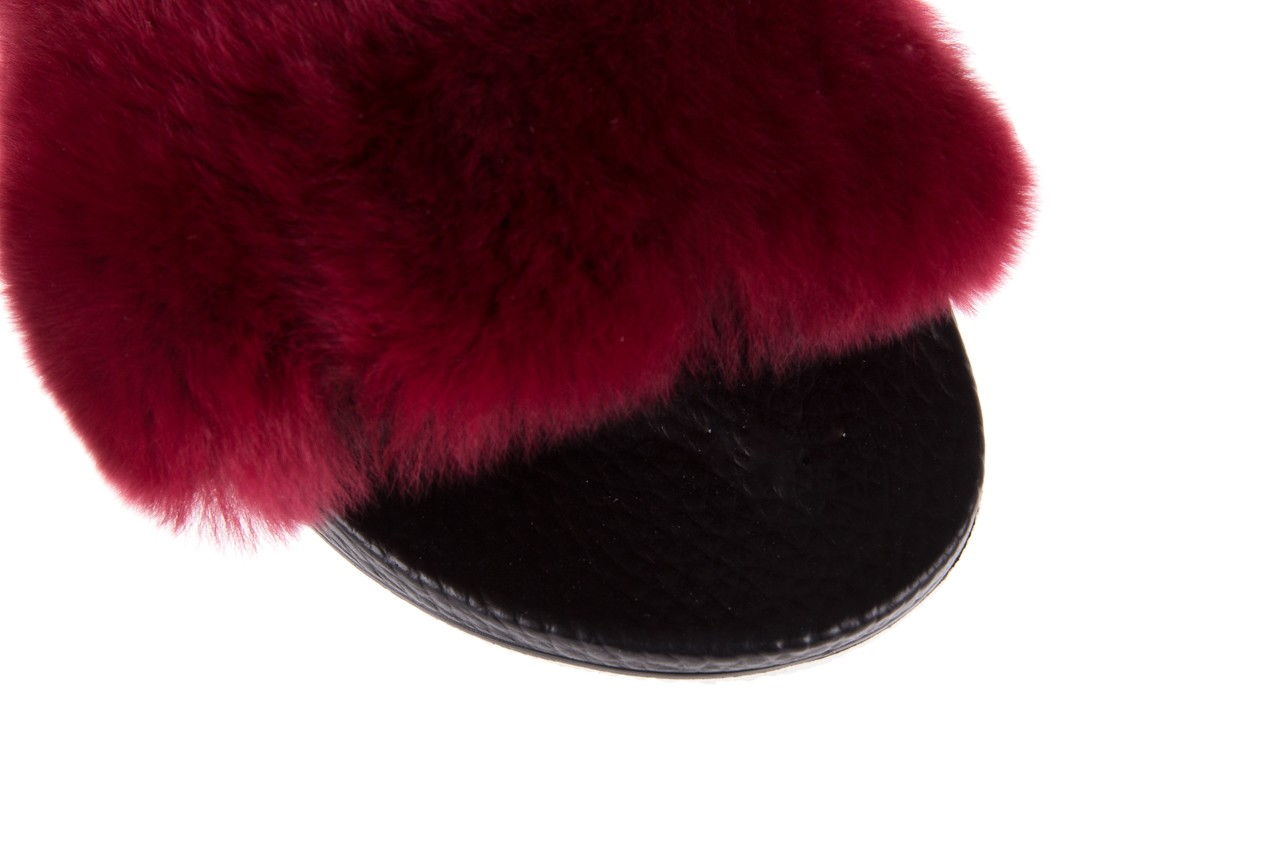 Klapki bayla-112 0479-17194 burgundy furry, bordo/czarny, skóra naturalna  - piankowe - klapki - buty damskie - kobieta 13