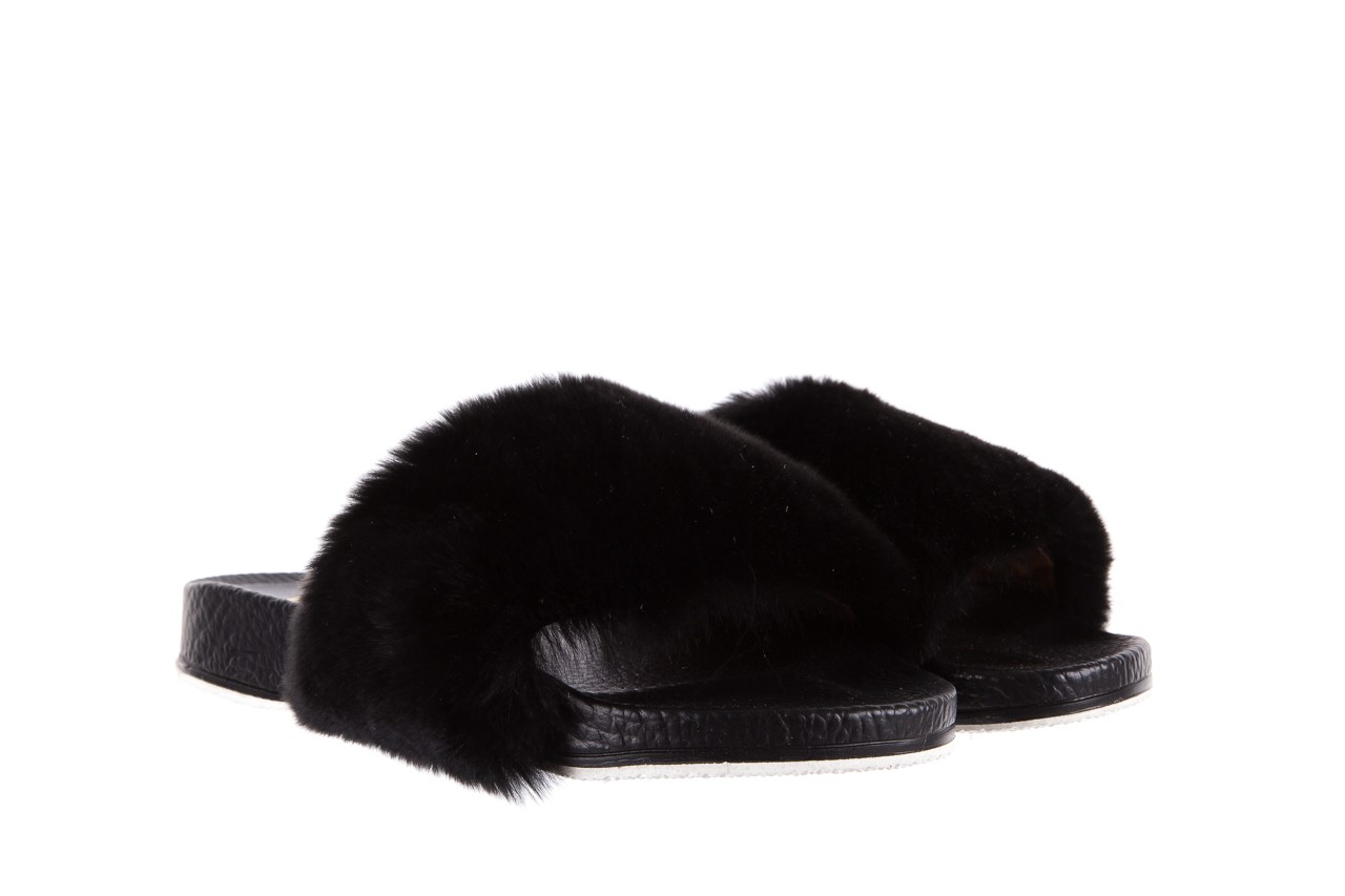 Klapki bayla-112 0479-17194 black furry, czarny, skóra naturalna  - piankowe - klapki - buty damskie - kobieta 7