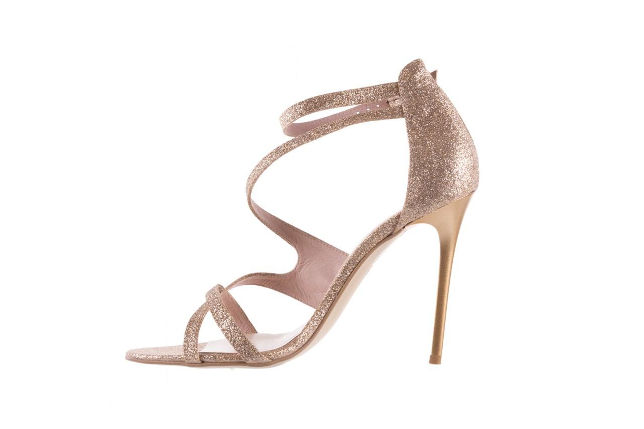 Sandały bayla-097 11 złote sandały na szpilce z glitterem, materiał  - kolekcja ślubna - trendy - kobieta 9