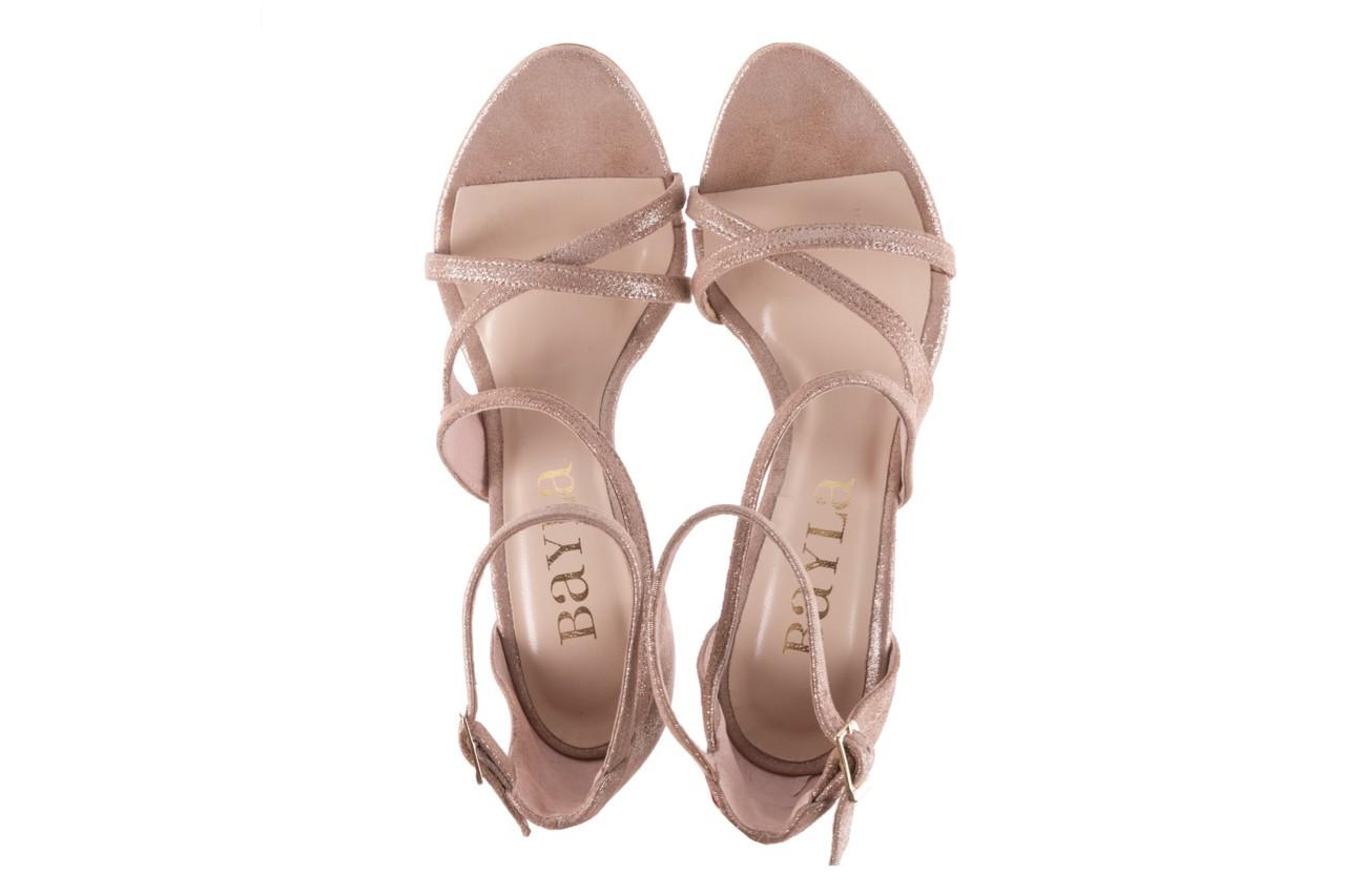 Sandały bayla-097 11 szampańskie sandały na szpilce, skóra naturalna 11
