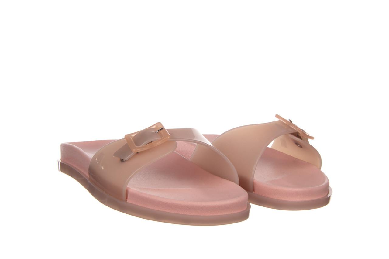 Klapki melissa wide slide ad soft pink pink transparent 010360, róż, guma - klapki - buty damskie - kobieta 7