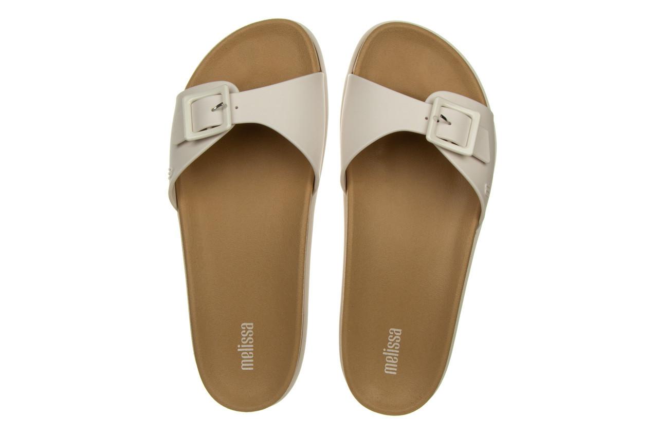 Klapki melissa wide slide ad white beige 010367, biały, guma - nowości 10