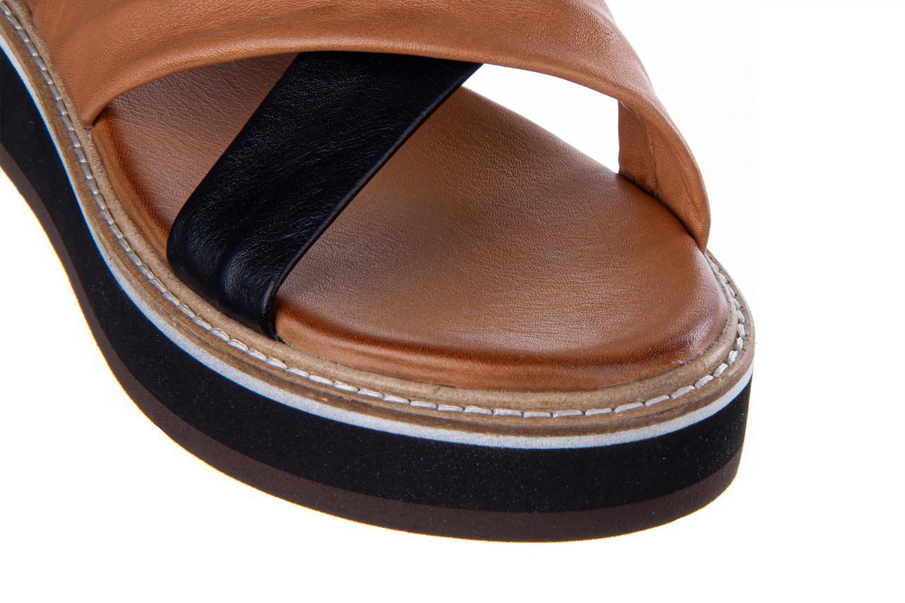 Klapki bayla-161 105 6004 black tan 161214, czarny/ brąz, skóra naturalna  - klapki - buty damskie - kobieta 14