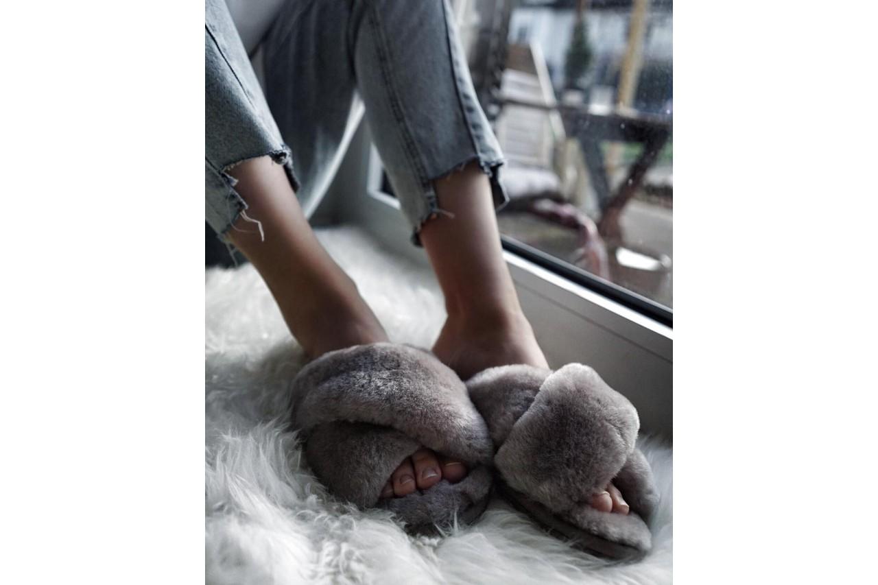 Klapki emu mayberry dove grey, futro naturalne - emu - nasze marki 5