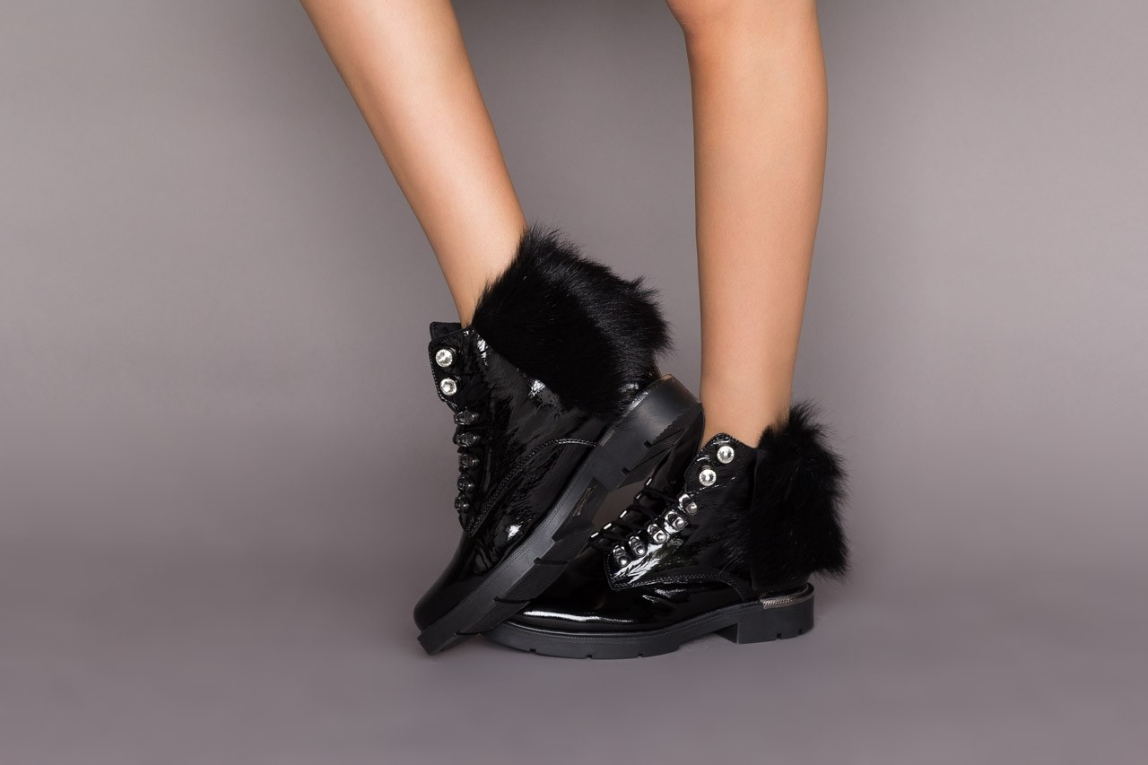 Trzewiki bayla-161 068-9015 black patent, czarny, skóra naturalna lakierowana  - trzewiki - buty damskie - kobieta 11
