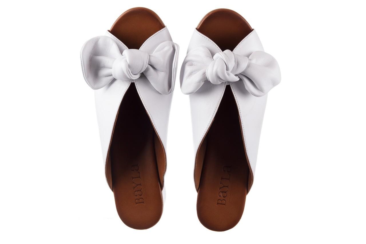 Klapki bayla-161 061 1029 white, biały, skóra naturalna  - klapki - dla niej  - sale 12