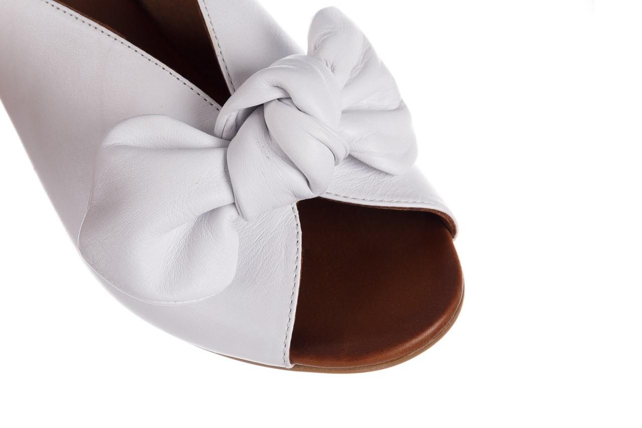 Klapki bayla-161 061 1029 white, biały, skóra naturalna  - klapki - dla niej  - sale 13