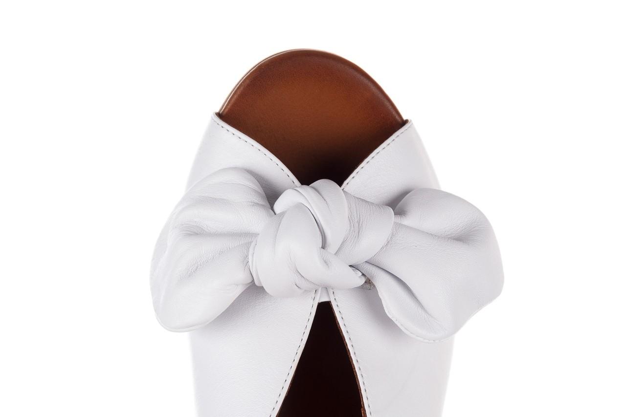 Klapki bayla-161 061 1029 white, biały, skóra naturalna  - klapki - dla niej  - sale 14
