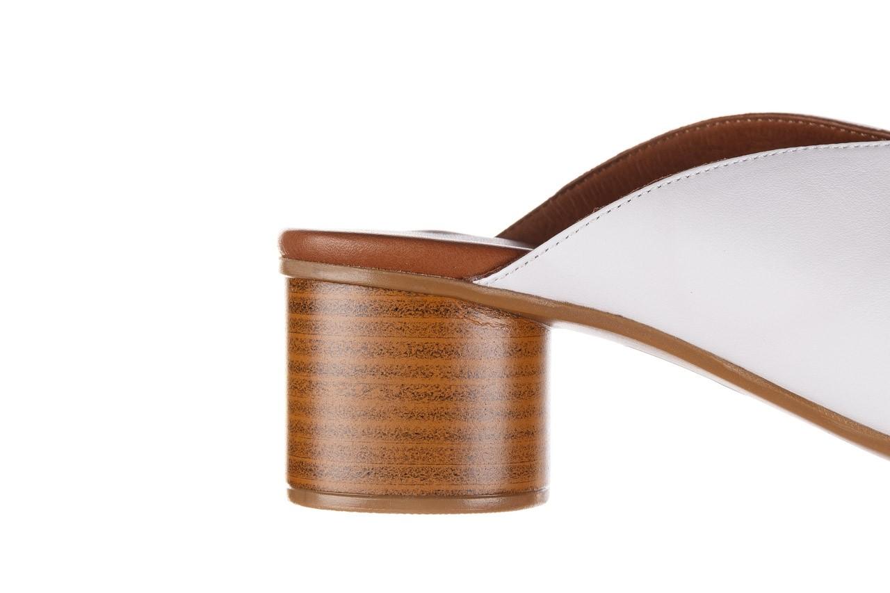 Klapki bayla-161 061 1029 white, biały, skóra naturalna  - klapki - dla niej  - sale 15