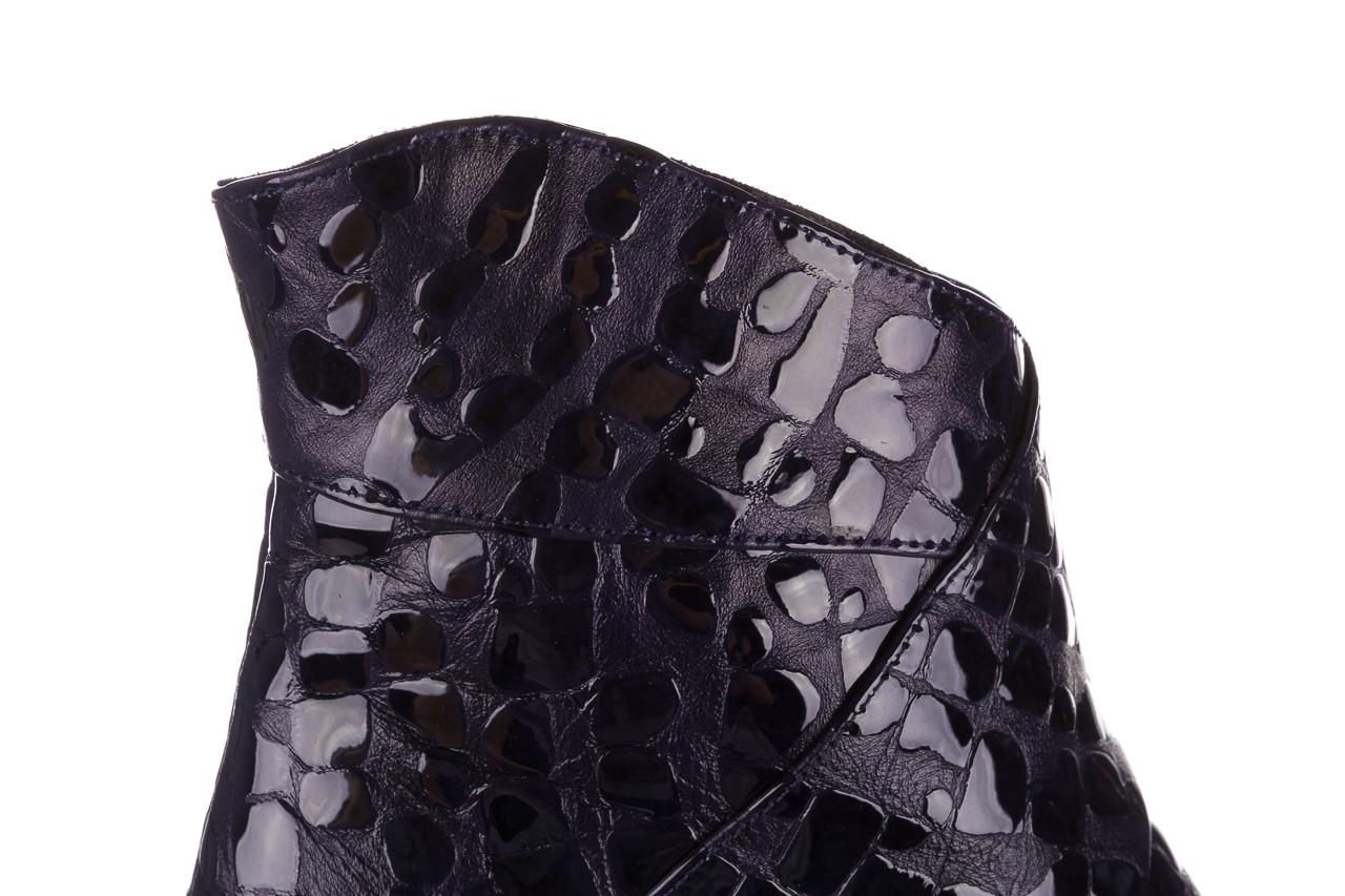Botki bayla 161 050 0021 3024 navy print 161166, granat, skóra naturalna lakierowana  - buty zimowe - trendy - kobieta 18
