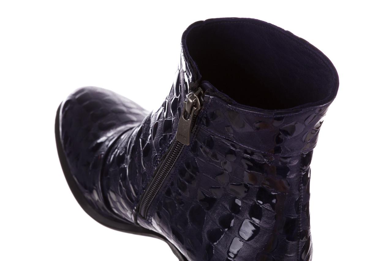 Botki bayla 161 050 0021 3024 navy print 161166, granat, skóra naturalna lakierowana  - buty zimowe - trendy - kobieta 19