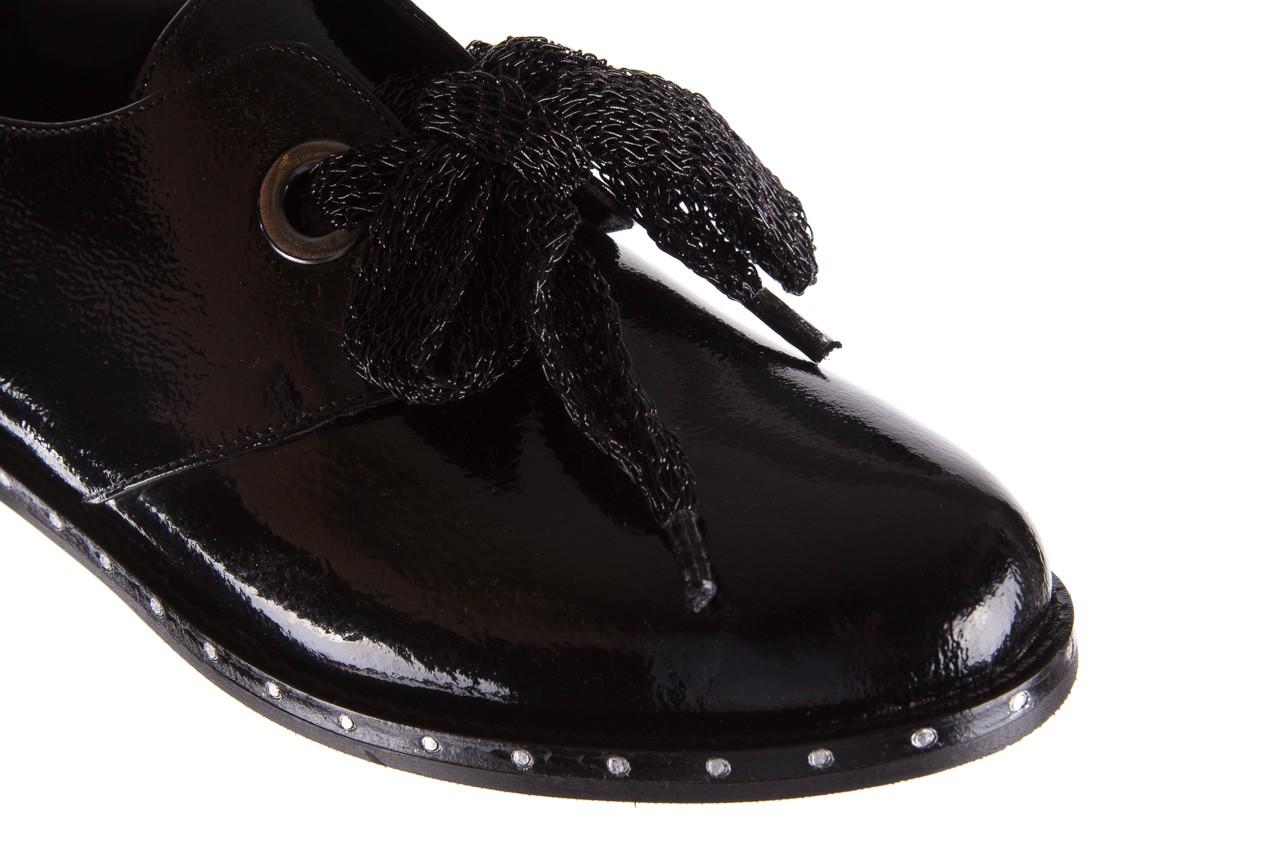 Półbuty bayla-176 8597 czarne półbuty, skóra naturalna lakierowana - mokasyny i lordsy - półbuty - buty damskie - kobieta 14