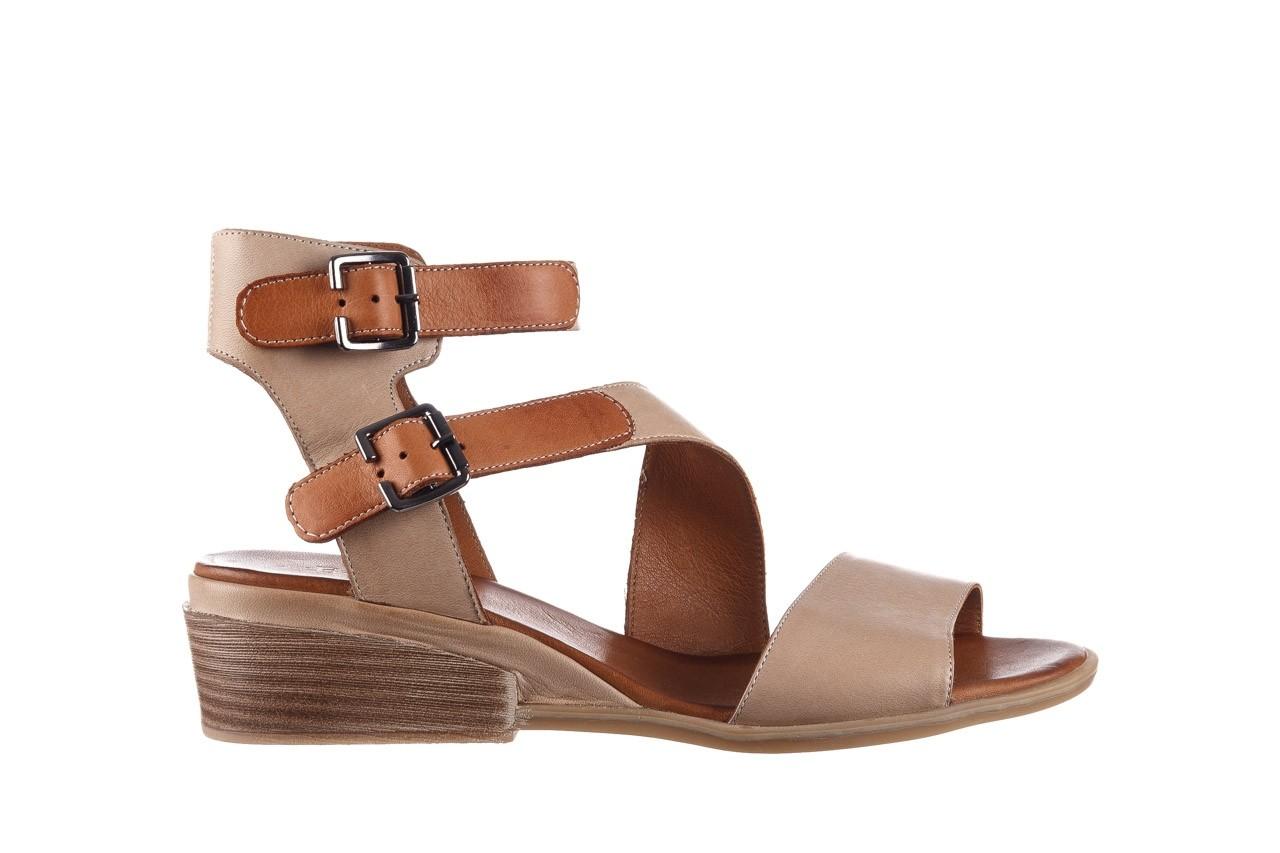Sandały bayla-161 061 1605 mouton tan, beż, skóra naturalna - koturny - buty damskie - kobieta 8