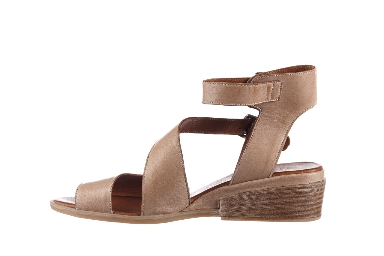 Sandały bayla-161 061 1605 mouton tan, beż, skóra naturalna - koturny - buty damskie - kobieta 10