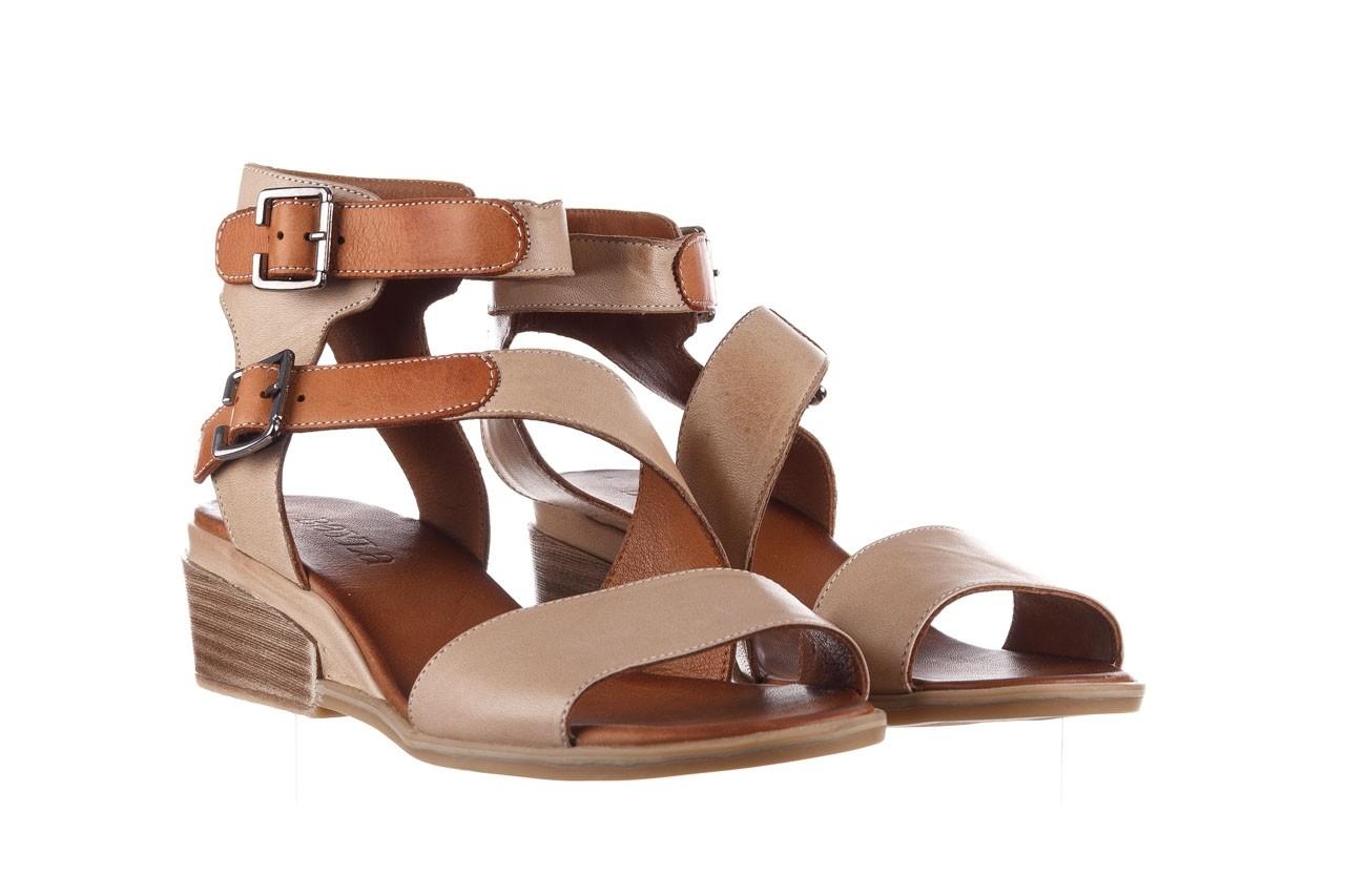 Sandały bayla-161 061 1605 mouton tan, beż, skóra naturalna - koturny - buty damskie - kobieta 9