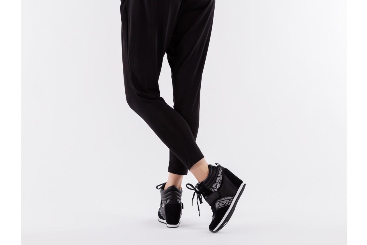 Calvin klein jeans viridiana metallic silver-black - calvin klein jeans - nasze marki 13