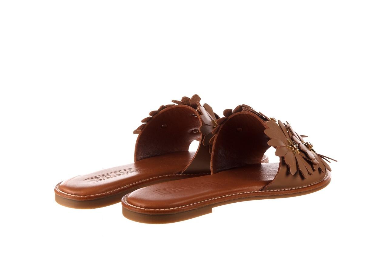 Klapki bayla-190 285 630 530, brąz, skóra naturalna  - klapki - buty damskie - kobieta 10