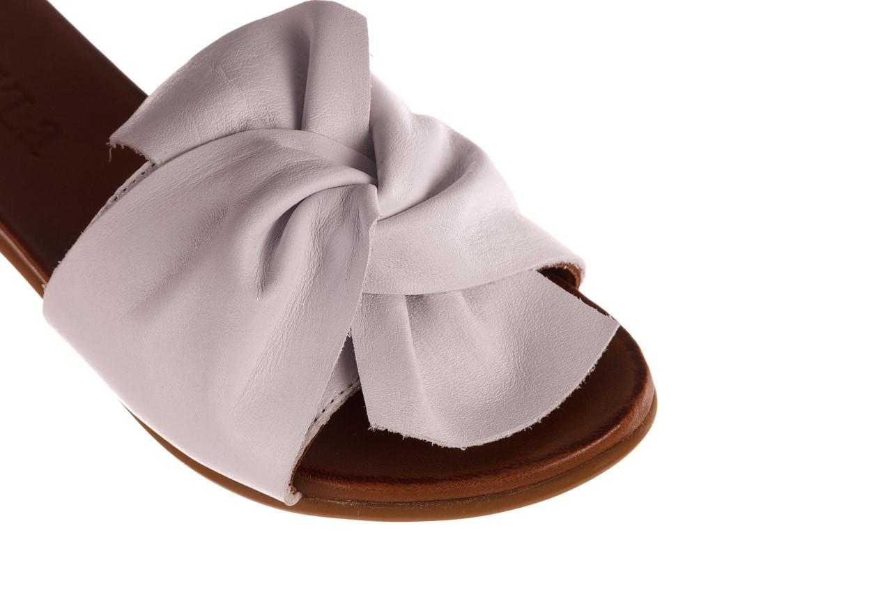 Klapki bayla-190 063 9n0802 white beyaz, biały, skóra naturalna  - klapki - buty damskie - kobieta 12
