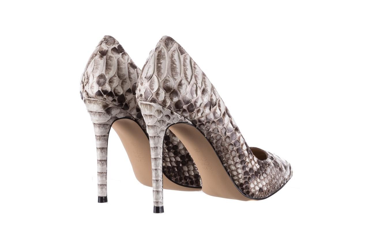 Szpilki bayla-182 2149 jasnoszare łuska, skóra naturalna  - skórzane - szpilki - buty damskie - kobieta 10