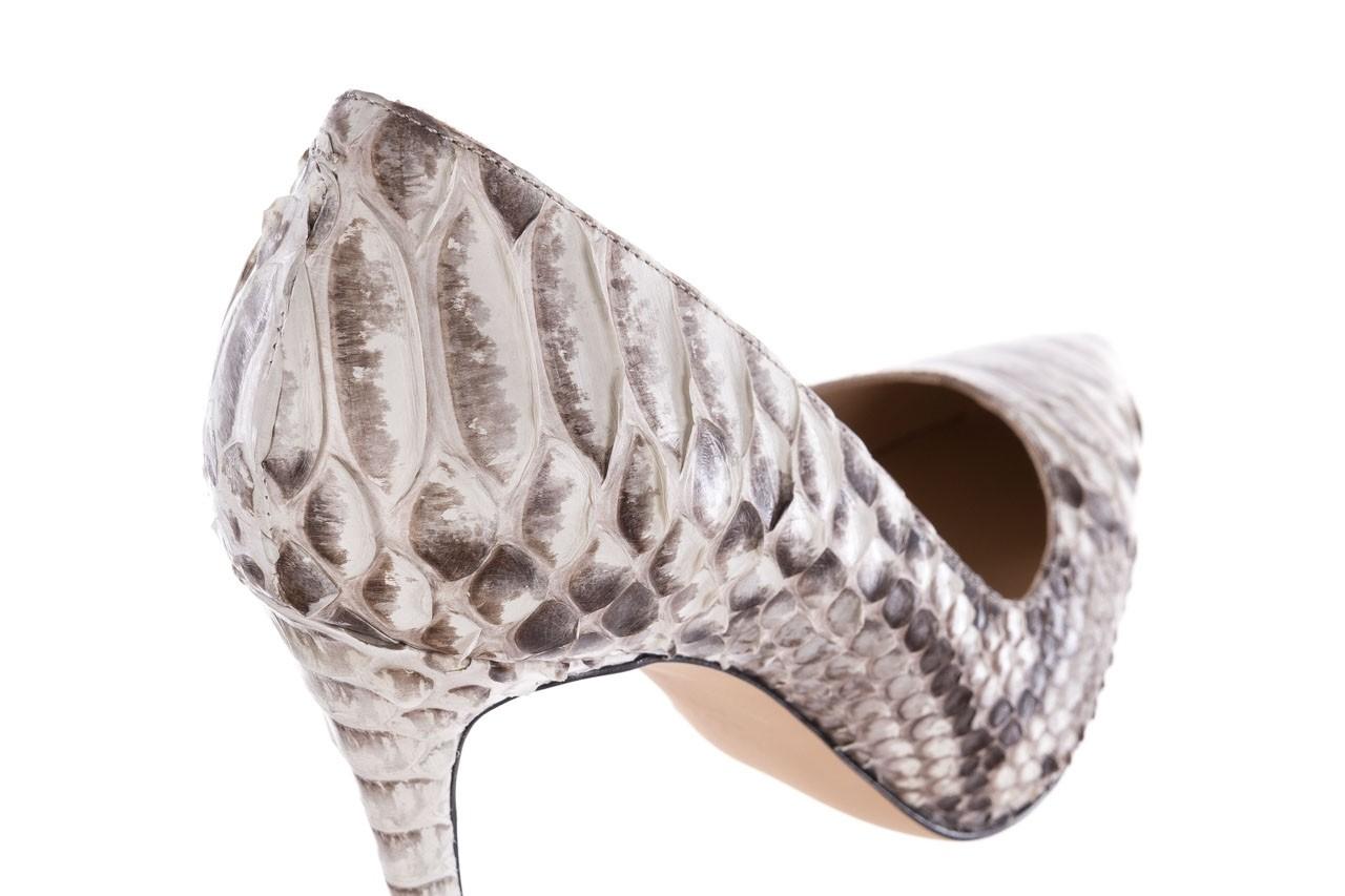 Szpilki bayla-182 2149 jasnoszare łuska, skóra naturalna  - skórzane - szpilki - buty damskie - kobieta 12