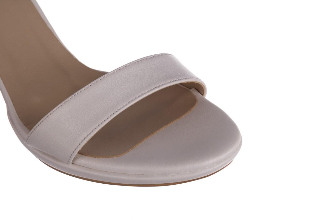 Sandały bayla-187 587-571 biały, skóra ekologiczna  - peep toe - czółenka - buty damskie - kobieta 13