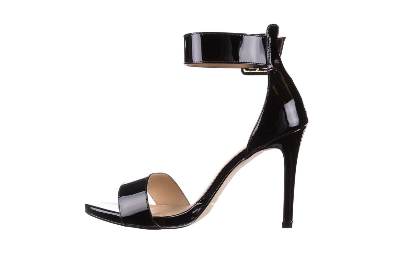Sandały bayla-065 6189496 czarny, skóra naturalna lakierowana - na obcasie - sandały - buty damskie - kobieta 9