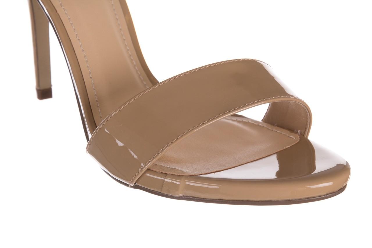 Sandały bayla-065 6189496 beż, skóra naturalna lakierowana 12