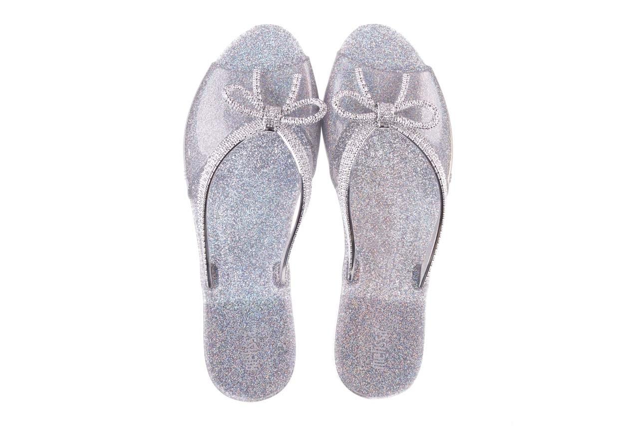Klapki melissa ela chrome ad holographic glitter, srebrny, guma - gumowe/plastikowe - klapki - buty damskie - kobieta 11