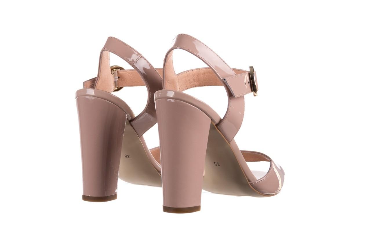 Sandały bayla-056 8023-430 beż lakier, skóra naturalna  - skórzane - sandały - buty damskie - kobieta 10