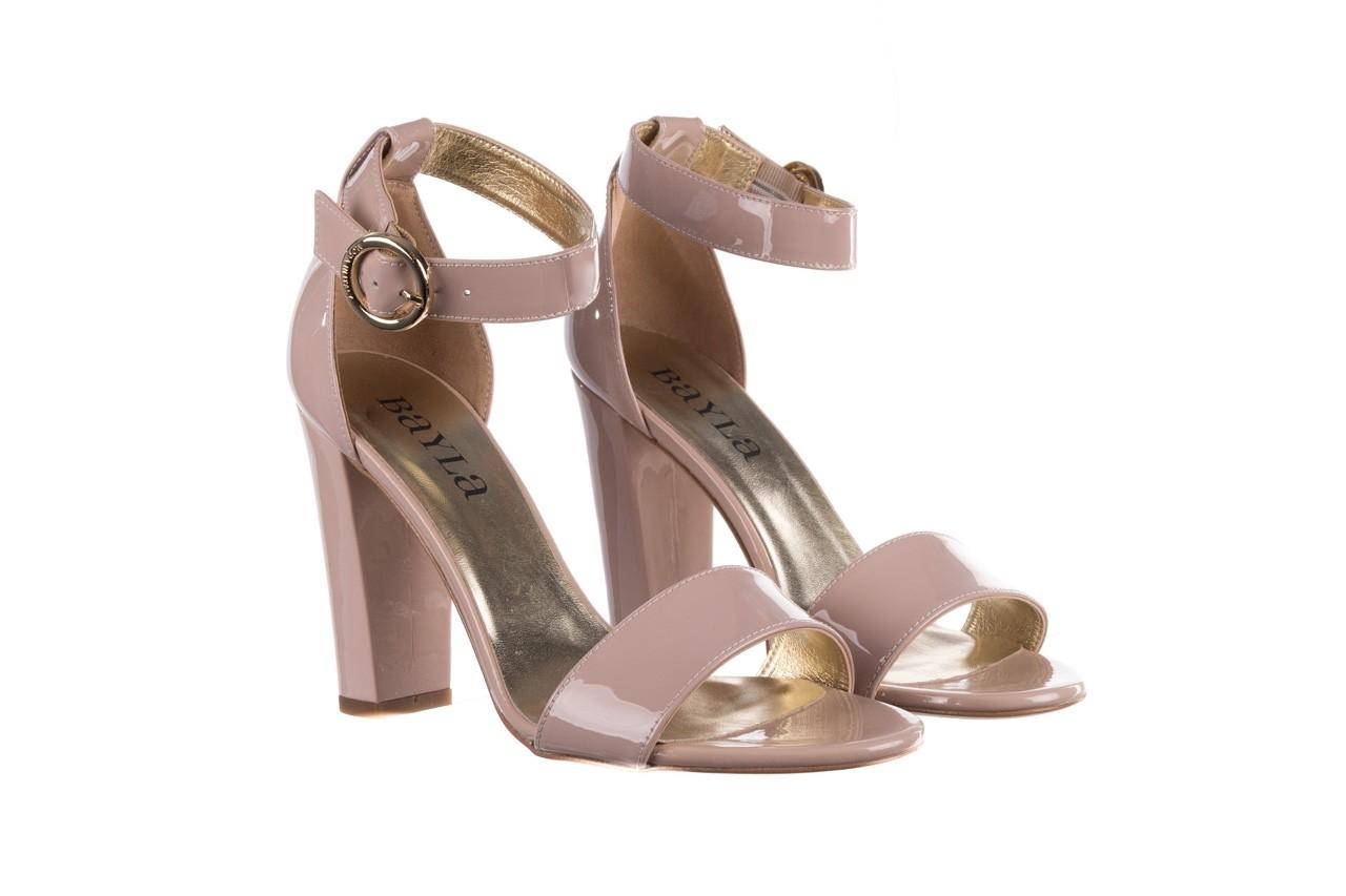 Sandały bayla-056 8024-430 beż lakier, skóra naturalna  - na obcasie - sandały - buty damskie - kobieta 8