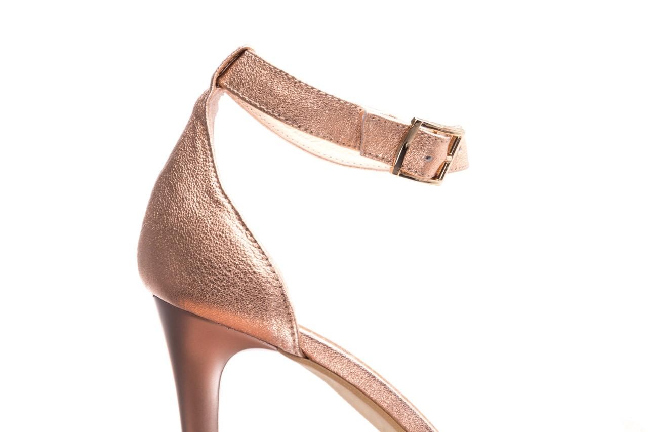 Sandały bayla-056 9177-1480 róż perła, skóra naturalna  - na obcasie - sandały - buty damskie - kobieta 12