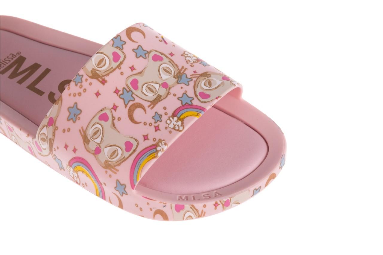 Klapki melissa beach slide 3db iv ad pink gold, róż, guma - klapki - buty damskie - kobieta 13