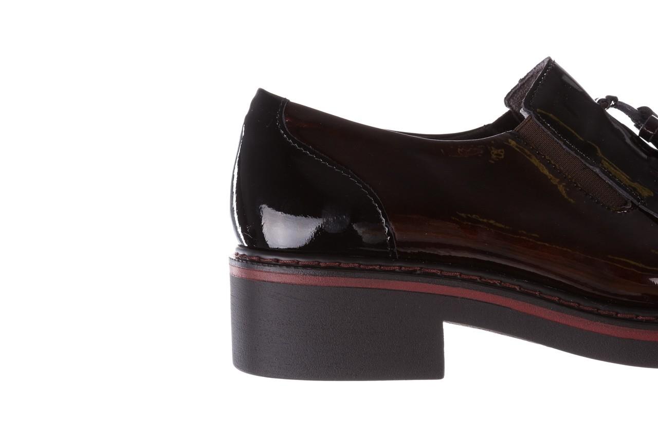 Półbuty pitillos 5820 marr-negr, bordowy, skóra naturalna lakierowana  - mokasyny i lordsy - półbuty - buty damskie - kobieta 17