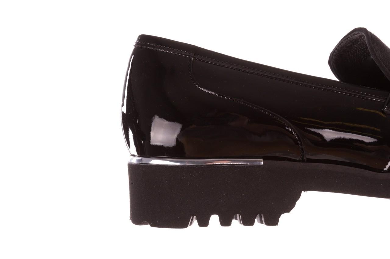 Półbuty bayla-157 b020-126-p czarny, skóra naturalna lakierowana - bayla - nasze marki 16