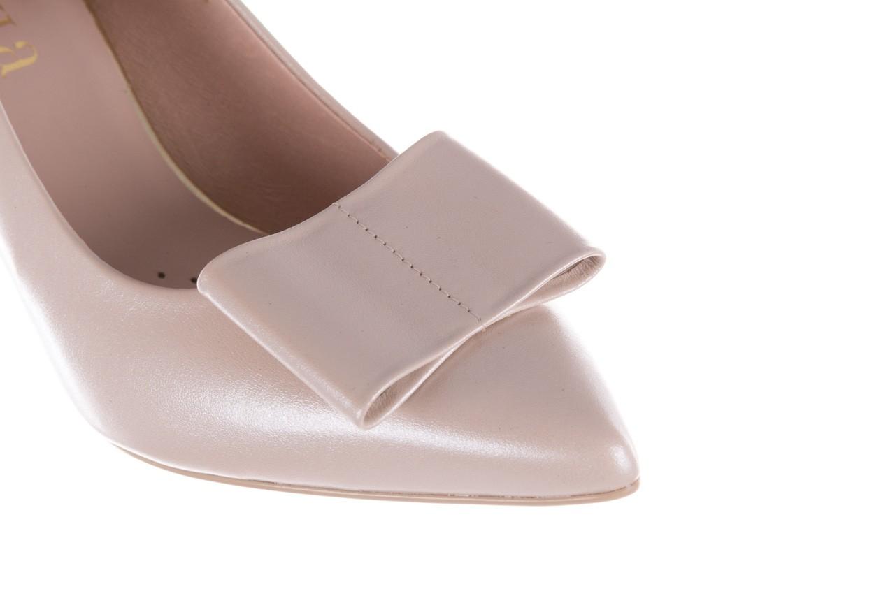 Czółenka bayla-056 9404-1459 beż perła, skóra naturalna  - skórzane - czółenka - buty damskie - kobieta 15