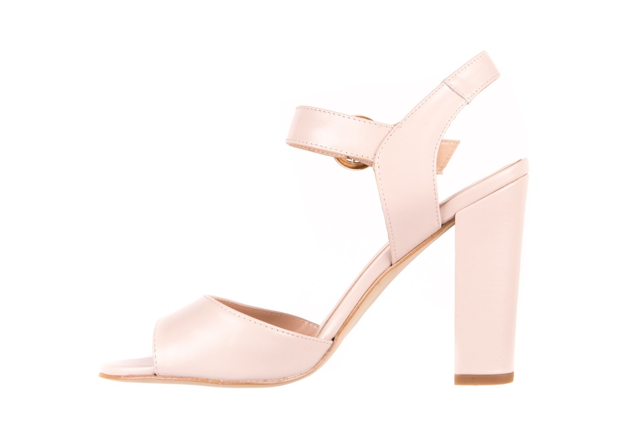 Sandały bayla-056 8023-203 beżowe sandały 19 - na obcasie - sandały - buty damskie - kobieta 8