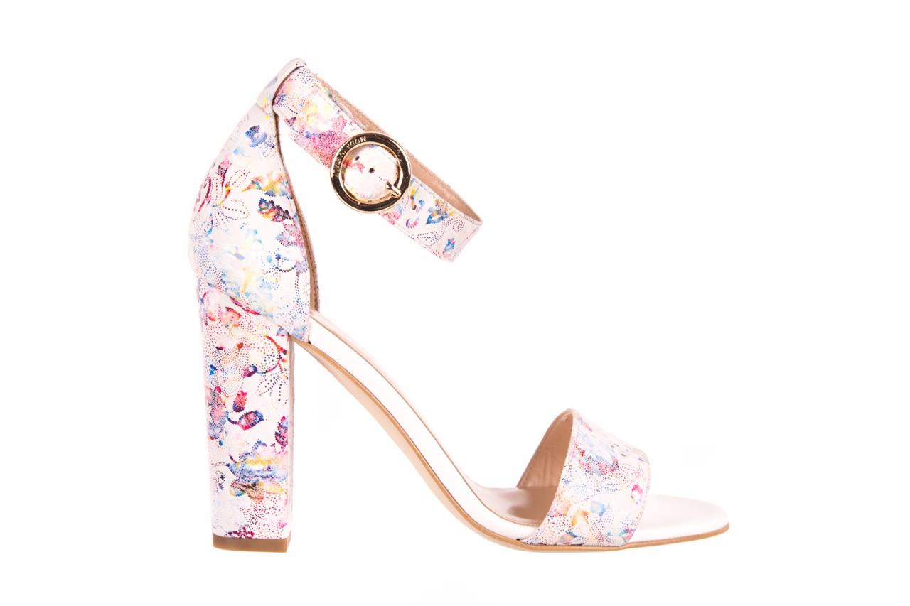 Sandały bayla-056 8024-1292 białe sandały w kwiaty, skóra naturalna  - bayla - nasze marki 5
