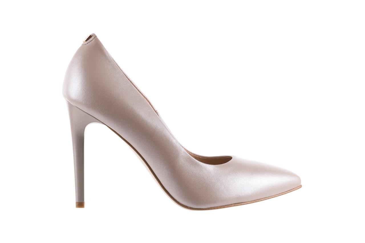 Czółenka bayla-056 9035-1422 szampańskie perłowe czółenka, skóra naturalna  - kolekcja ślubna - trendy - kobieta 6