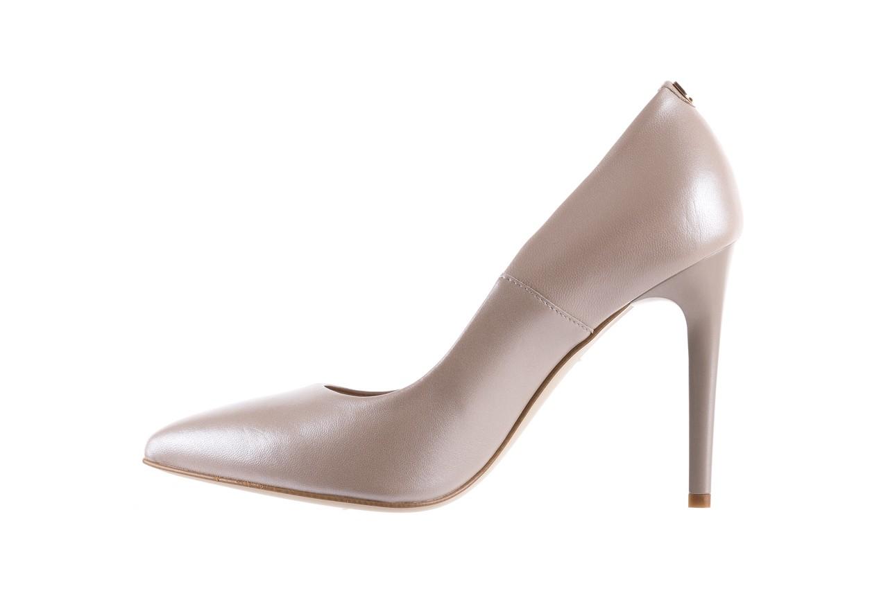Czółenka bayla-056 9035-1422 szampańskie perłowe czółenka, skóra naturalna  - kolekcja ślubna - trendy - kobieta 8