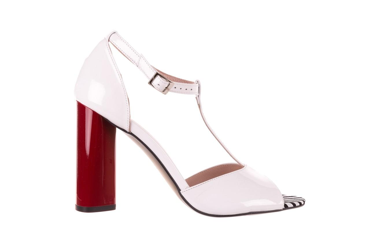 Sandały bayla-097 08 biało-czerwone sandały, skóra naturalna lakierowana  - kolekcja ślubna - trendy - kobieta 7