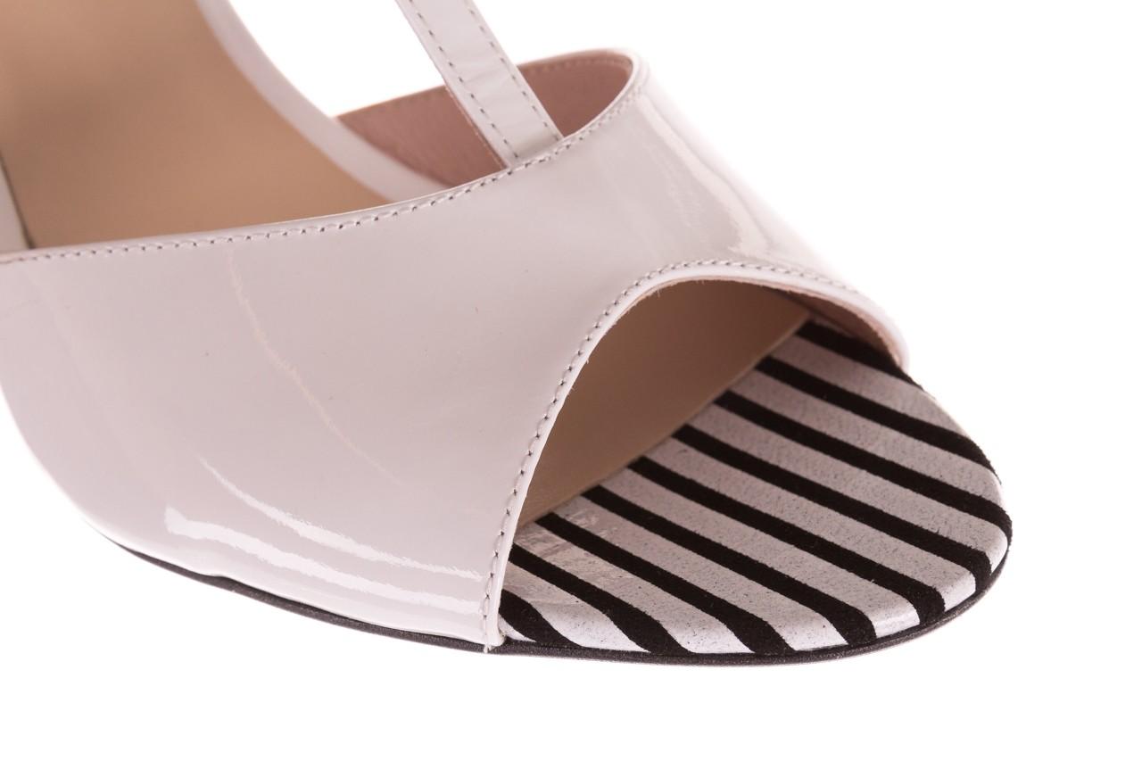 Sandały bayla-097 08 biało-czerwone sandały, skóra naturalna lakierowana  - kolekcja ślubna - trendy - kobieta 12