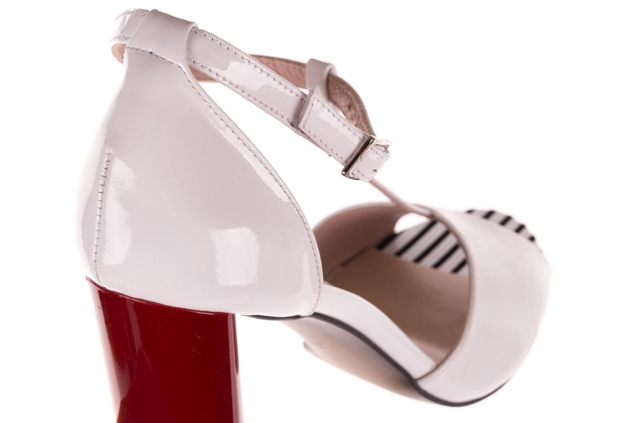 Sandały bayla-097 08 biało-czerwone sandały, skóra naturalna lakierowana  - kolekcja ślubna - trendy - kobieta 13