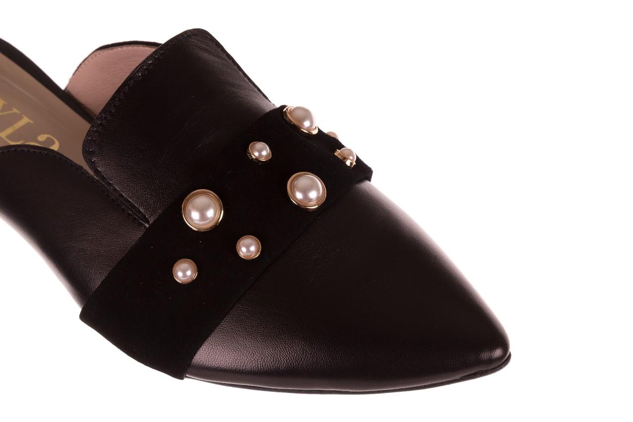 Klapki bayla-097 10 czarne klapki z perłami, skóra naturalna  - mokasyny i lordsy - półbuty - buty damskie - kobieta 12