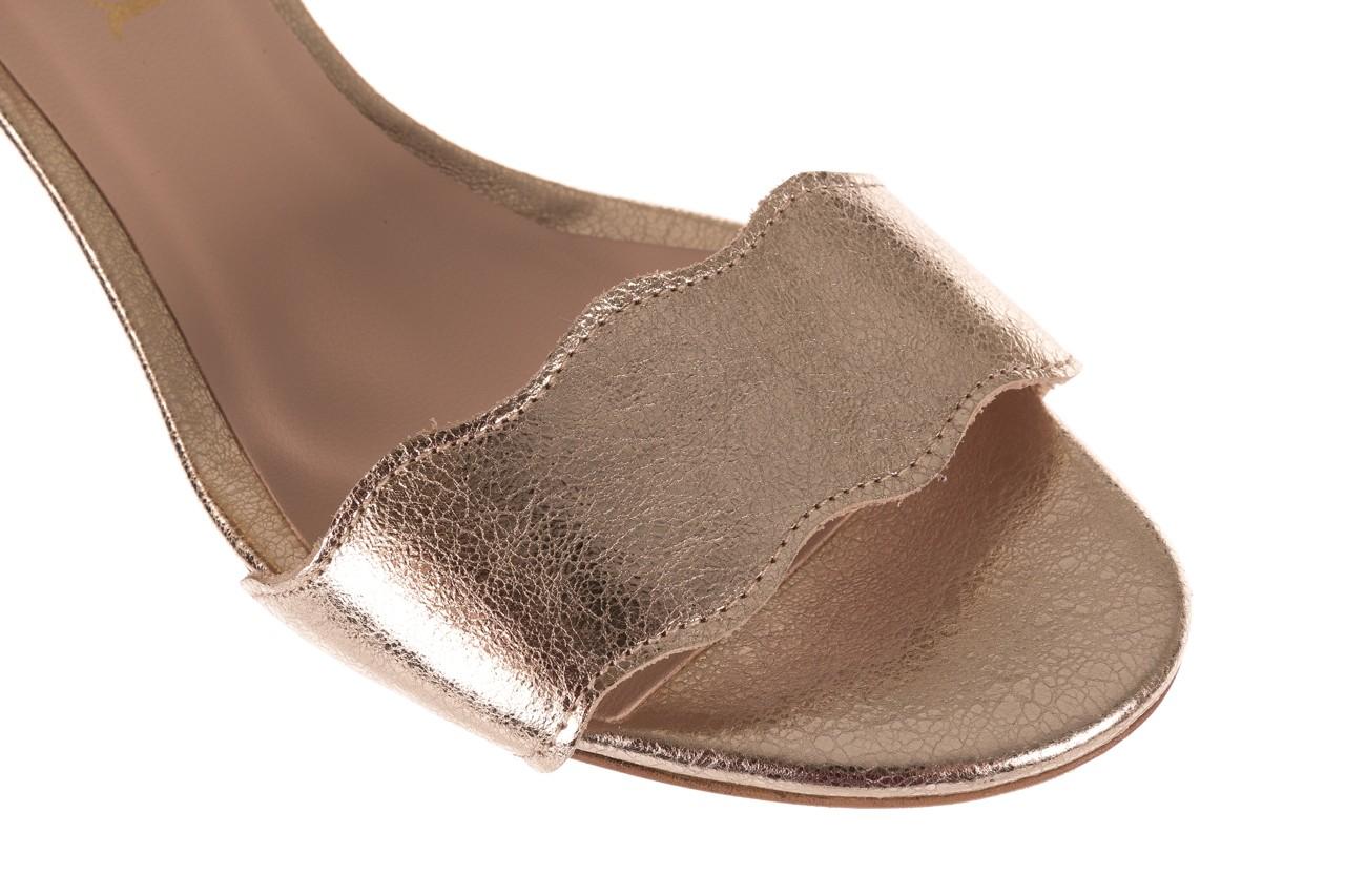 Sandały bayla-097 12 biało-złote sandały, skora naturalna  - kolekcja ślubna - trendy - kobieta 12