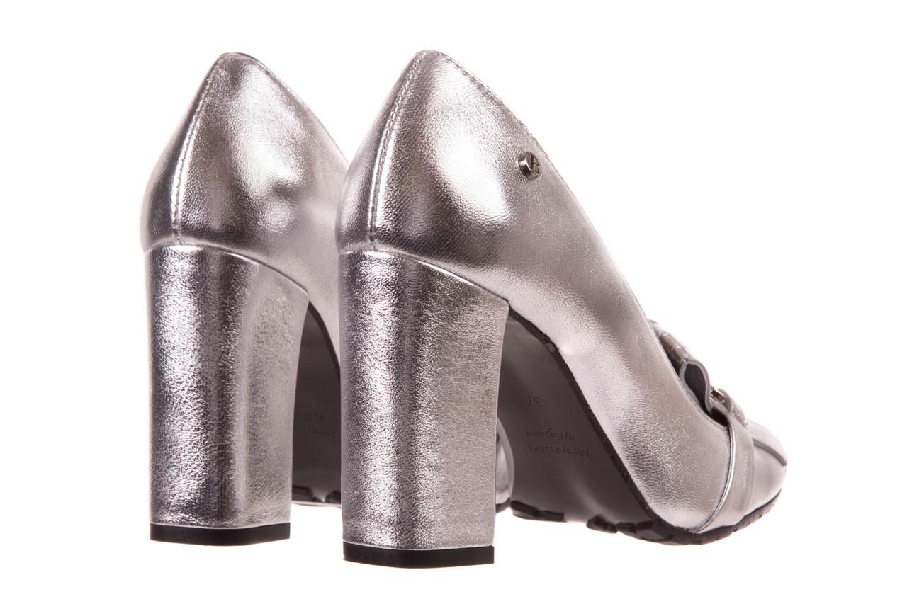Czółenka bayla-156 2701 srebro, skóra naturalna 10
