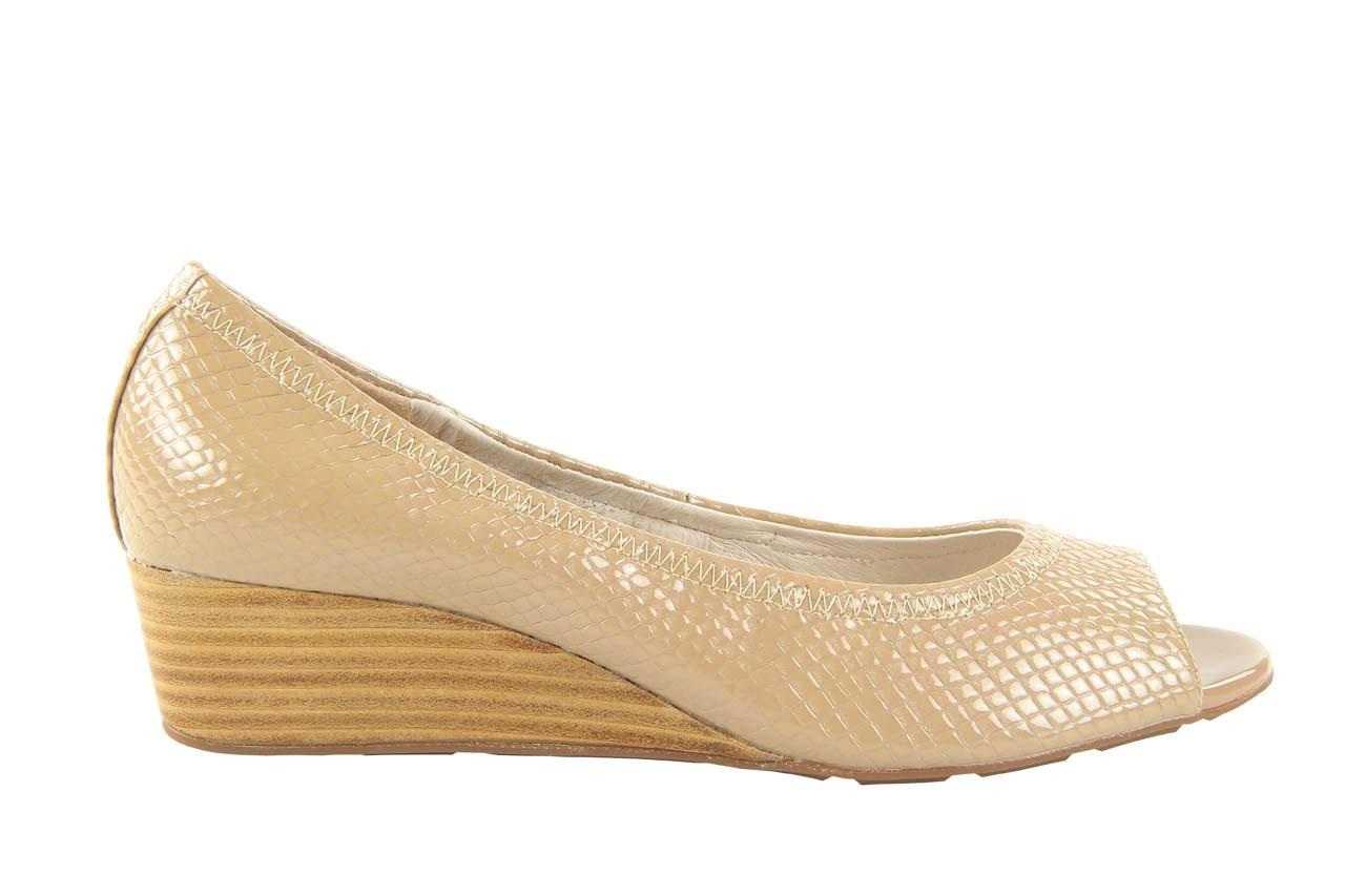 Czółenka bayla 1252-11d powder, beż, skóra naturalna lakierowana - na koturnie - czółenka - buty damskie - kobieta 5
