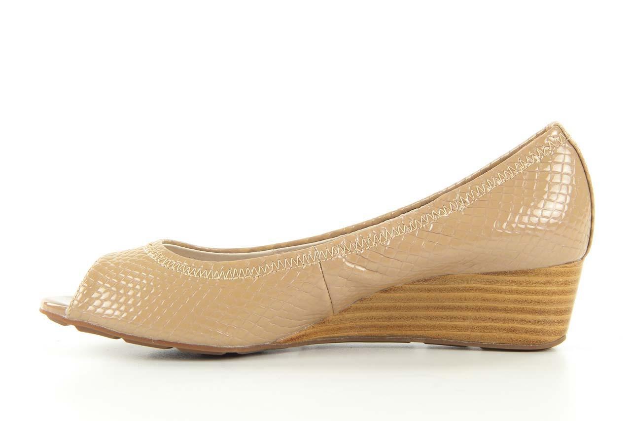 Czółenka bayla 1252-11d powder, beż, skóra naturalna lakierowana - na koturnie - czółenka - buty damskie - kobieta 6